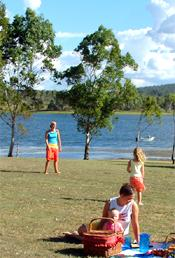 A picnic on the foreshores of the Bjelke-Petersen Dam